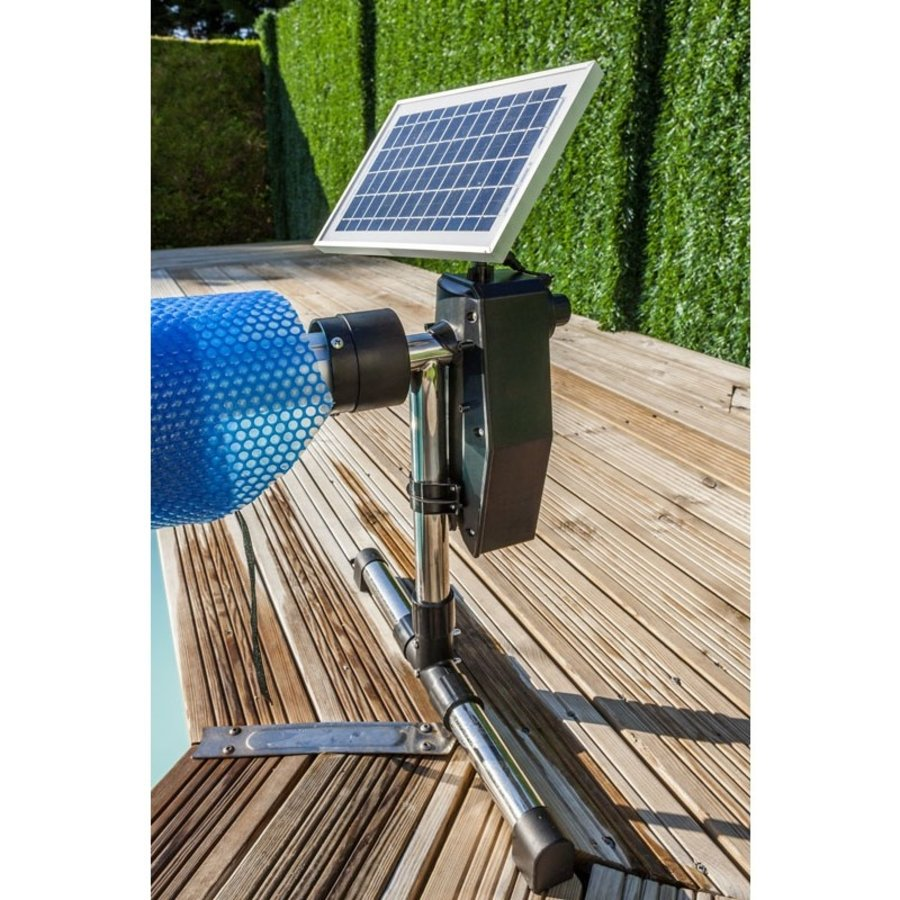 Solar panel controlled swimming pool roll-up system-5