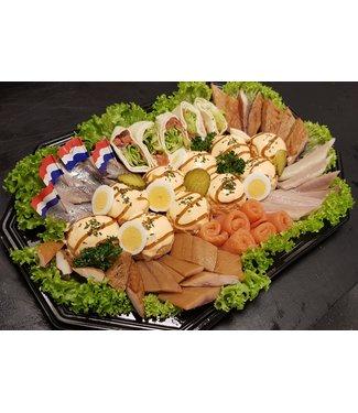 Zalm salade schotel 12 bol + vis hapjes (5-7 pers.)