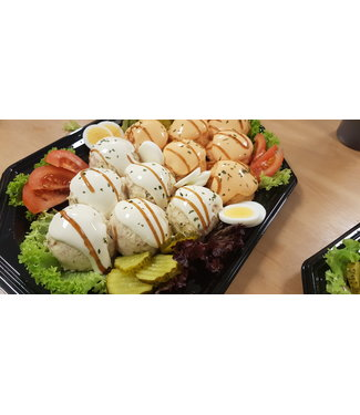 Zalm / Huzaren salade schotel 6 + 6  bollen