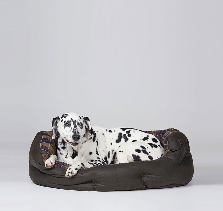 Barbour Wax/Cotton Dog Bed 35IN Classic/Olive-2