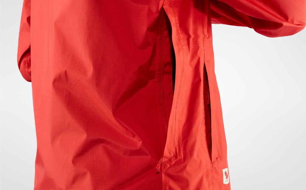 Fjällräven High Coast Hydratic Jacket W True Red-9