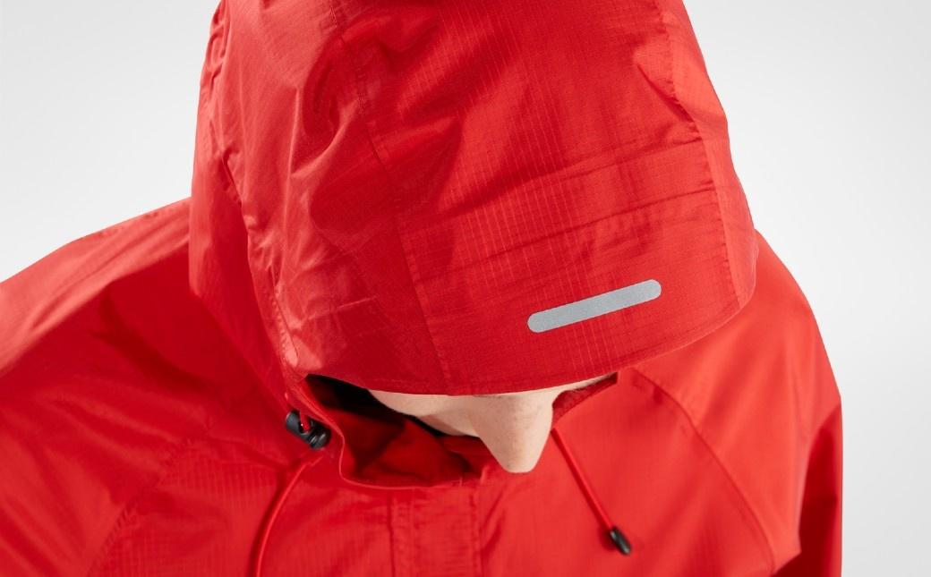 Fjällräven High Coast Hydratic Jacket W True Red-8