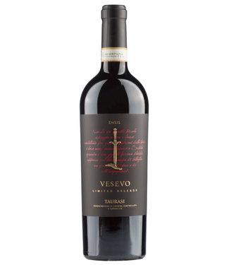 Farnese Vini - Ortona Chieti Italië Vesevo Taurasi DOCG