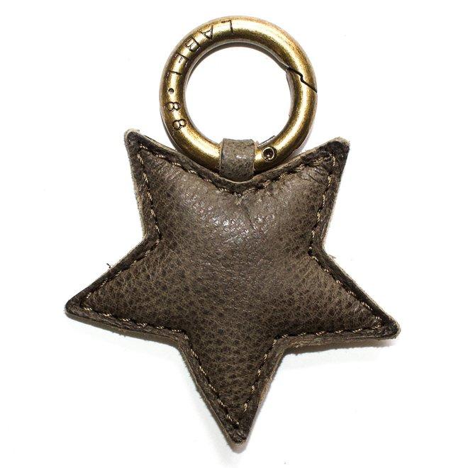 Star S keychain, army green