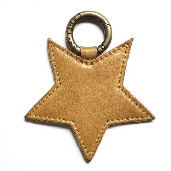 Star L keychain, yellow leather