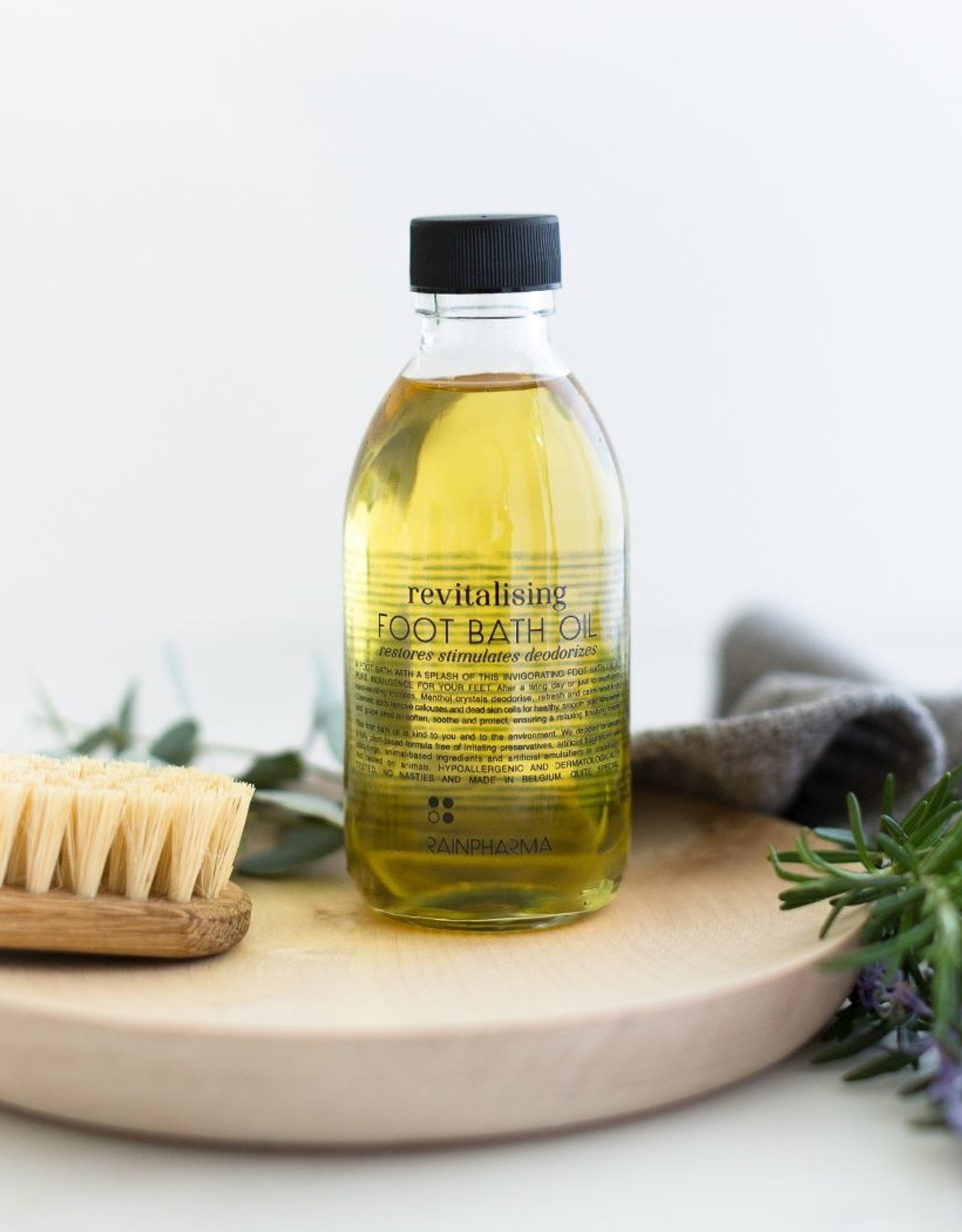 RainPharma Revitalizing Foot Bath Oil 200ml - Rainpharma