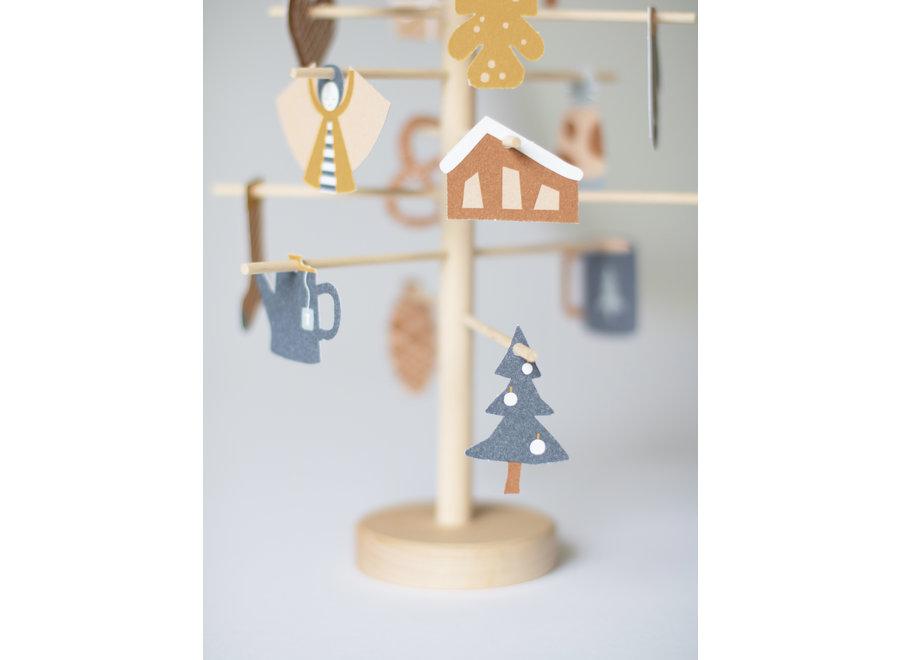 Jurianne Matter- Advent Tree