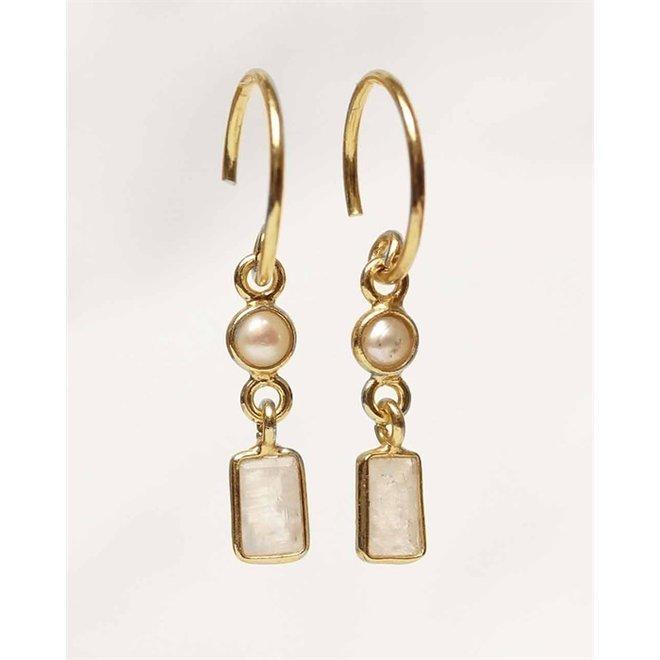 Muja juma - Oorbellen - F-earring 3mm pearl + moonstone rectangle - White