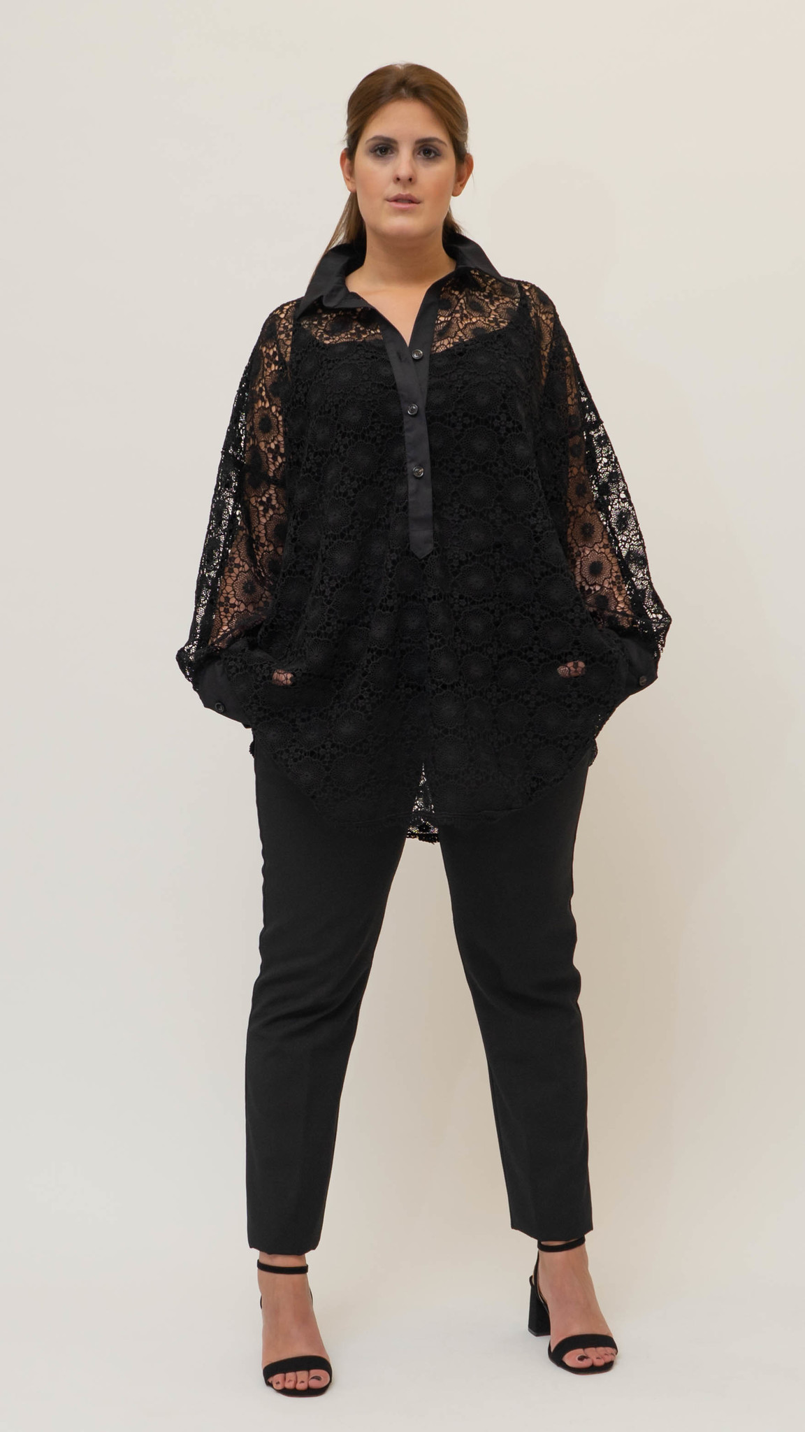 SADE Blouse in Lace-1