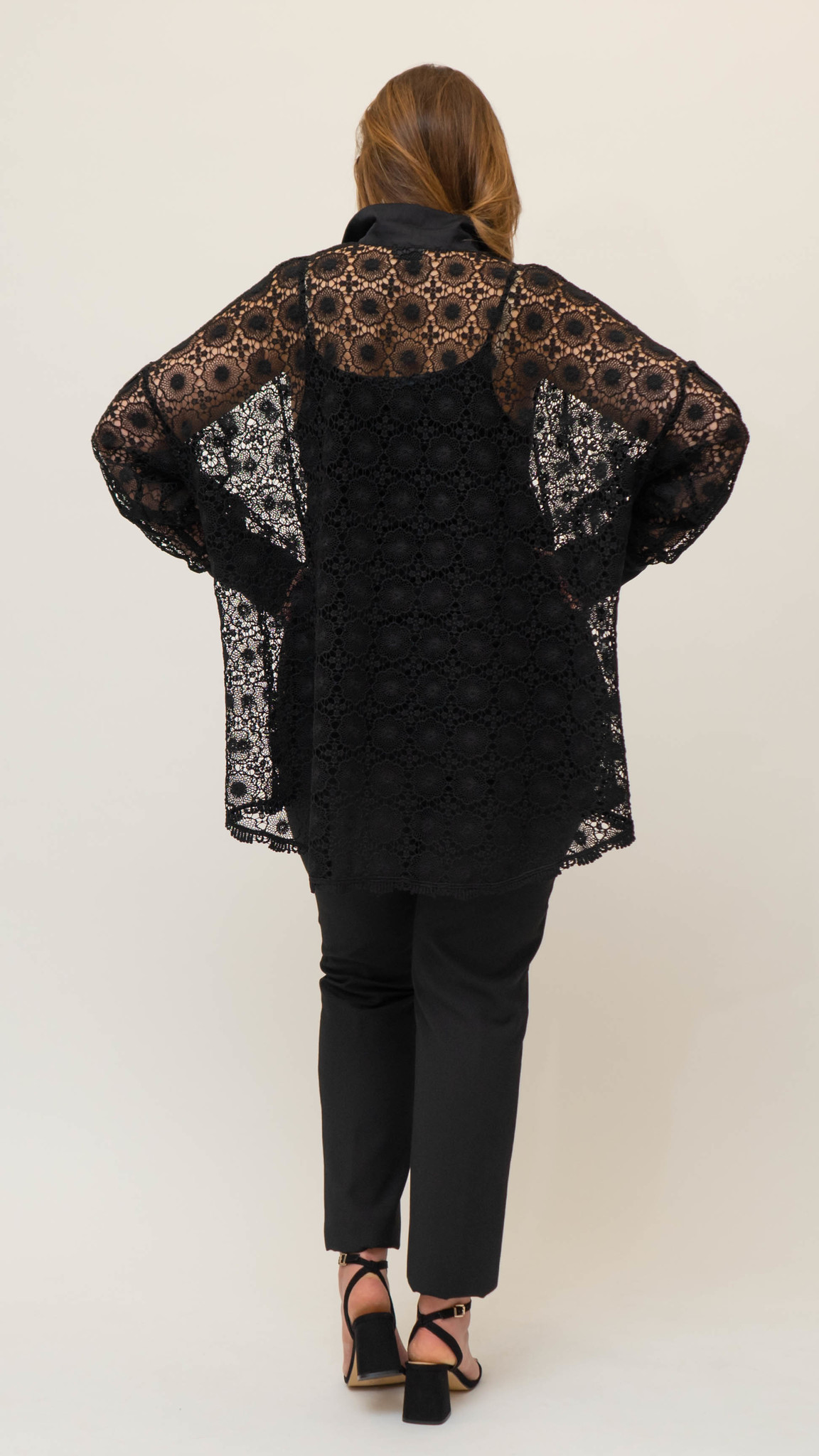 SADE Blouse in Lace-3