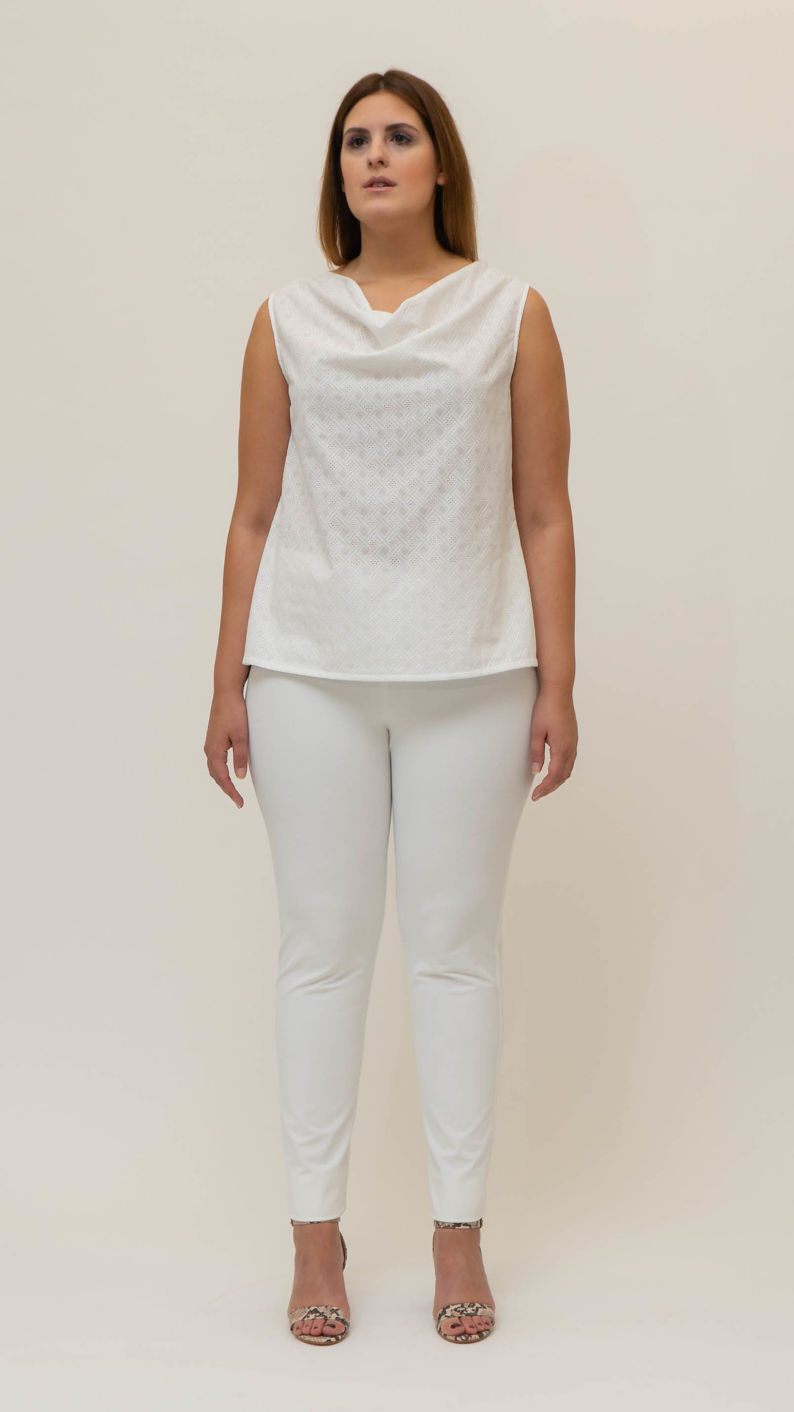 Lolita Sleeveless Top in embroidered Cotton-3