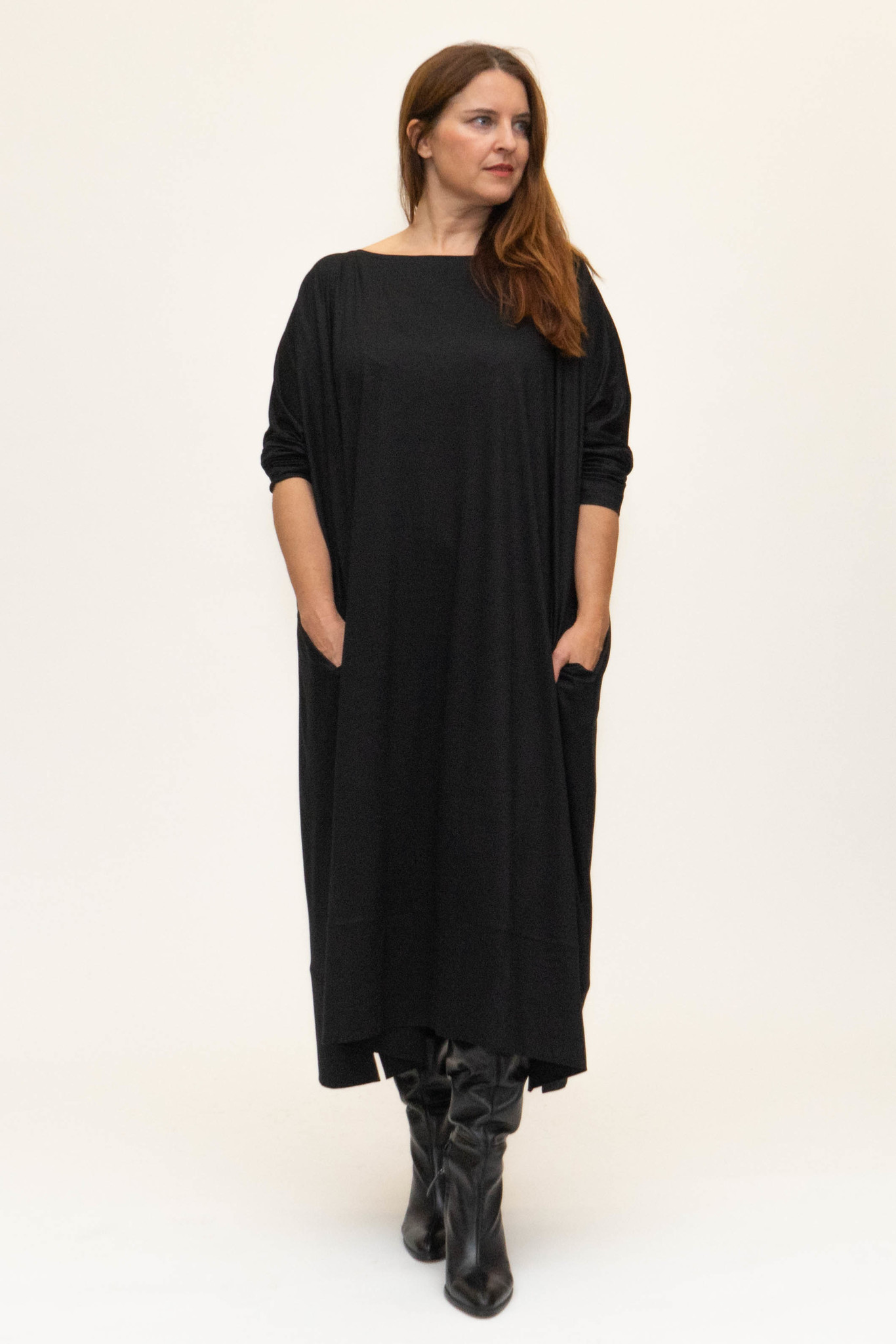 MAAYAN Dress in Viscose-Jersey-8