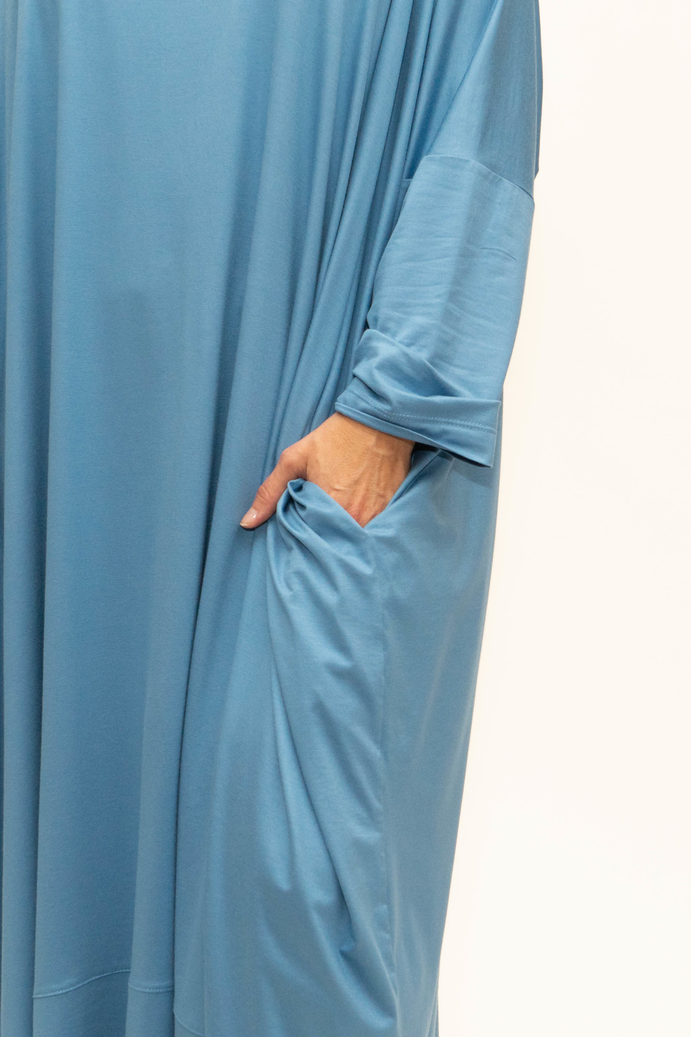 MAAYAN Dress in Viscose-Jersey-4