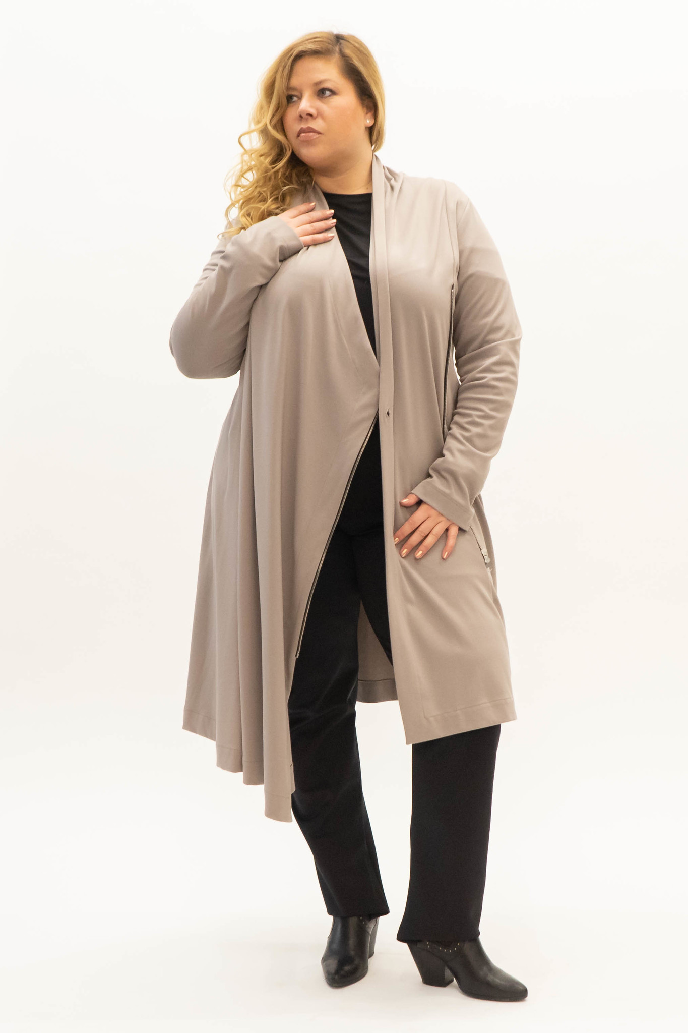 EMINE Jacket in heavy Viscose-Jersey-3