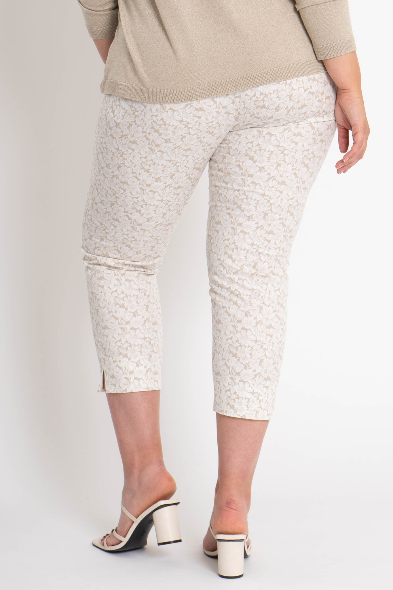 CAPRI Trousers in Cotton stretch-3