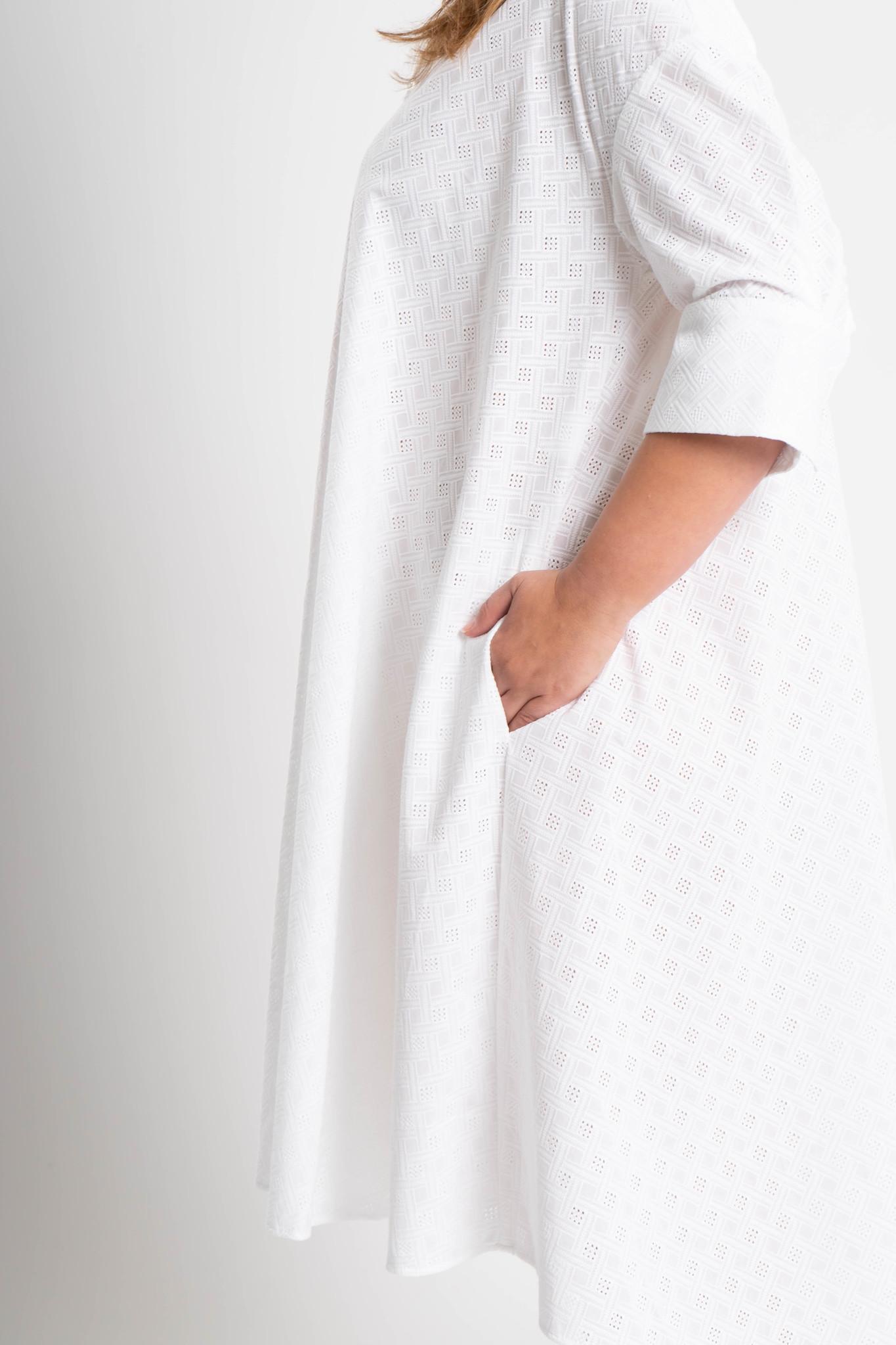 ADRIANA Kleid aus bestickter Baumwolle-4