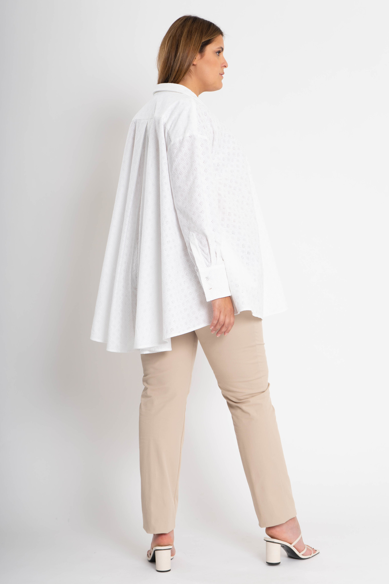 ANDREA Blouse in embroided Cotton-4