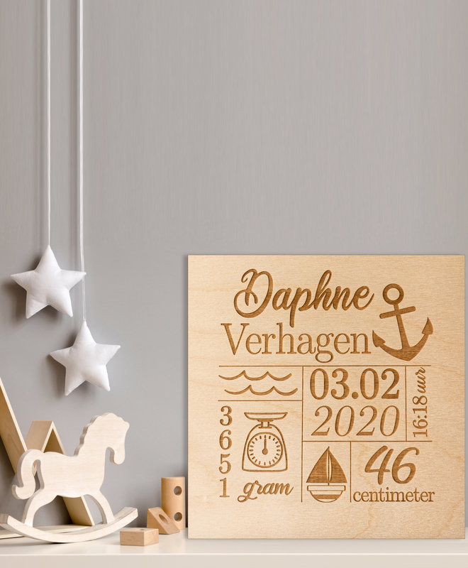 "Houten Geboorteposter ""Daphne"""