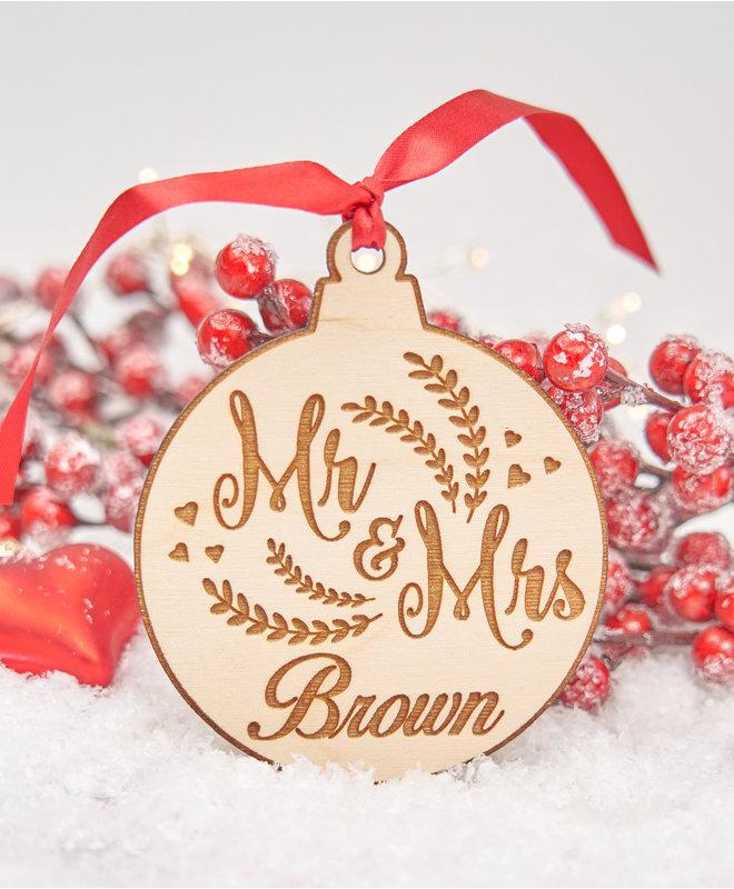 Houten Ornament - Mr & Mrs met Achternaam