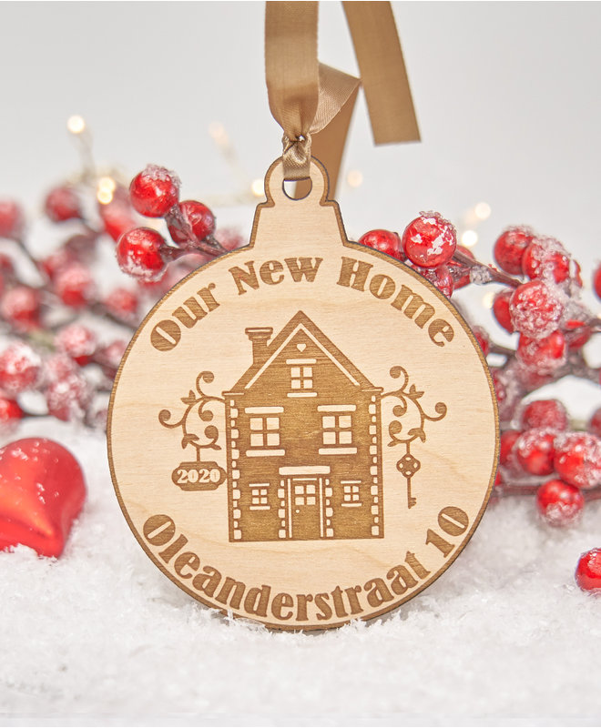 Houten Kerstbal - Our New Home