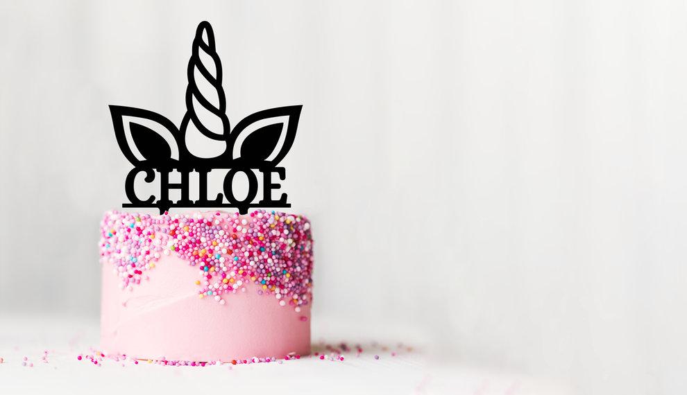 De kers op de verjaardags taart: Een gepersonaliseerde taarttopper!