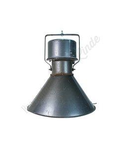 """Fabriekslamp """"Teplice"""" Omgebouwd voor thuisgebruik"""