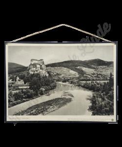 Schoolplaat landschap (Kasteel van Orava)