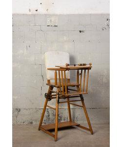 Oude kinderstoel - Po stoel