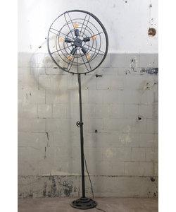 Vloerlamp 'Black Fan'