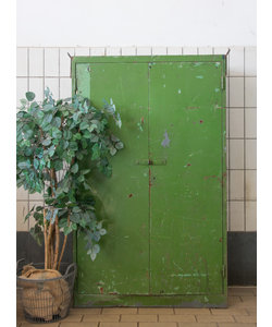 Industriële kast 'Green metal'