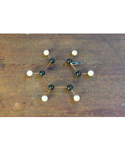 Moleculair model No. 2