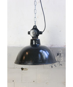 Stoere hanglamp 'Black hood S'