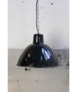 Stoere hanglamp 'Black hood M No. 2'