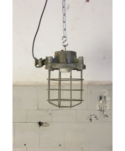 Oude fabriekslamp - Caged