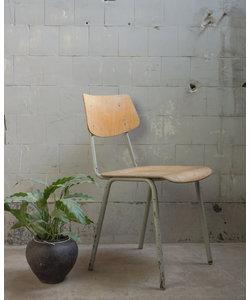 Vintage schoolstoel - Tsjechië