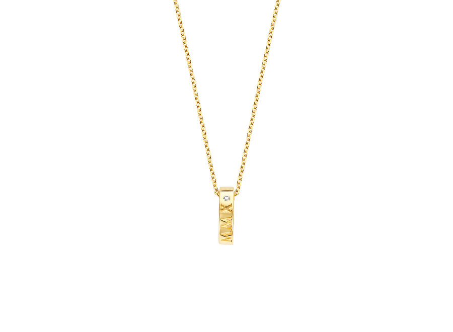 Iconic Necklace Single Open Circle with Diamond & Engraving