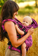 Kinderhop Baby Draagzak Multi Grow  Pink Dots
