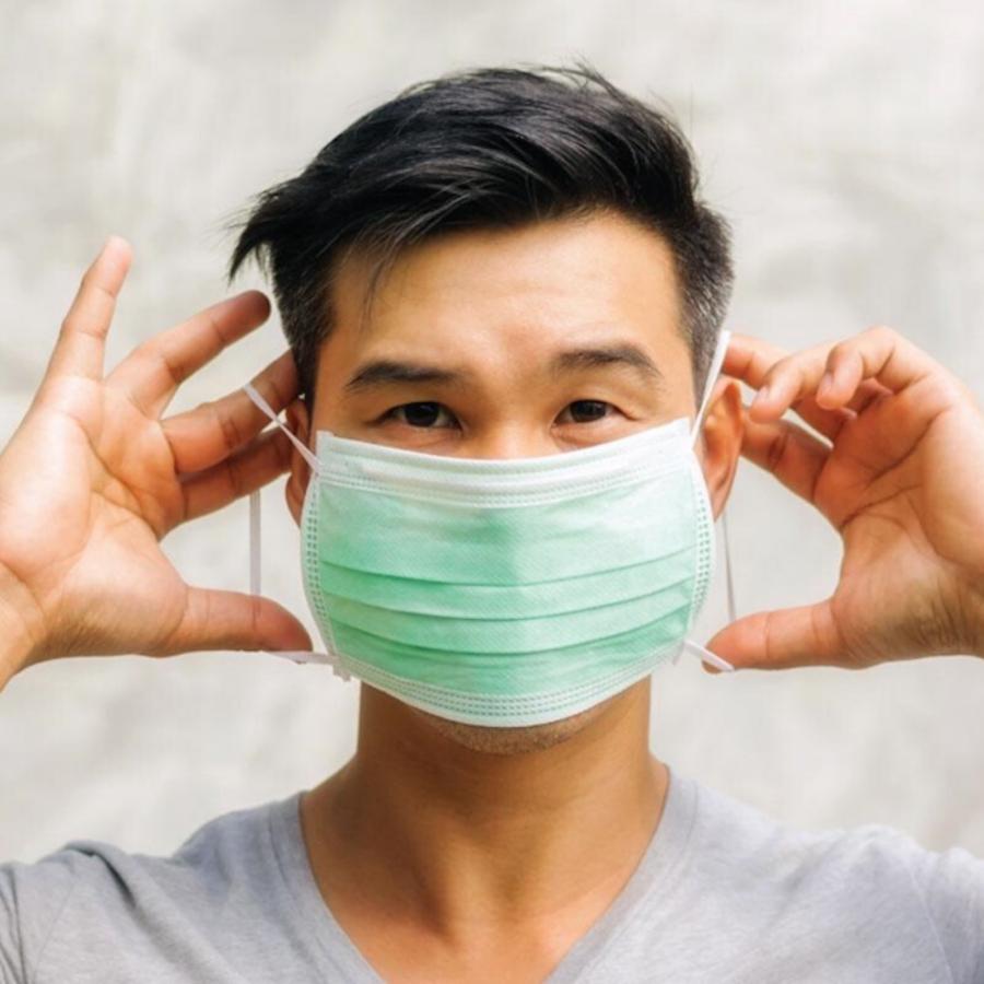 Hoe doe ik correct mijn masker op/af?