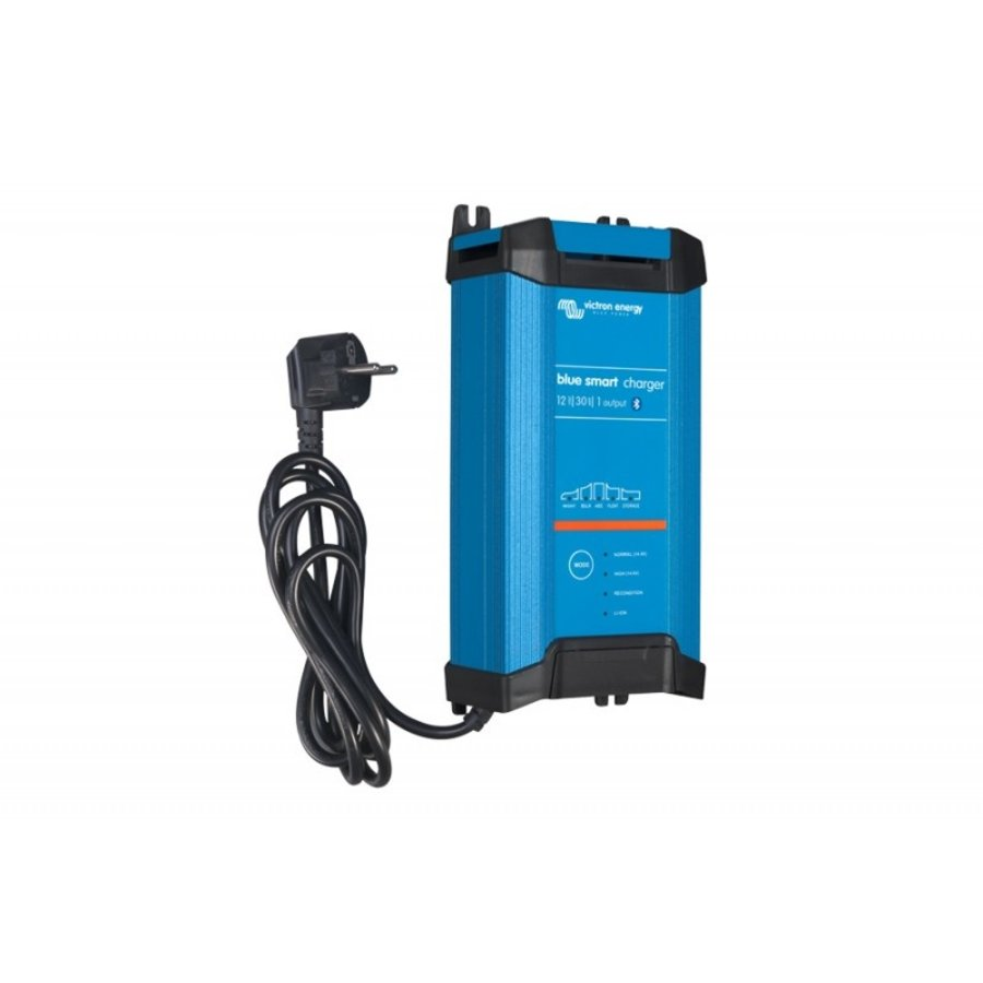 VICTRON Blue Smart IP22 Charger 12/20(1)-1