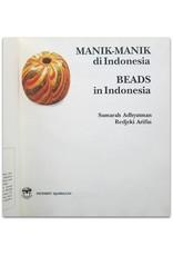 S. Adhyatman - Manik-Manik di Indonesia / Beads in Indonesia