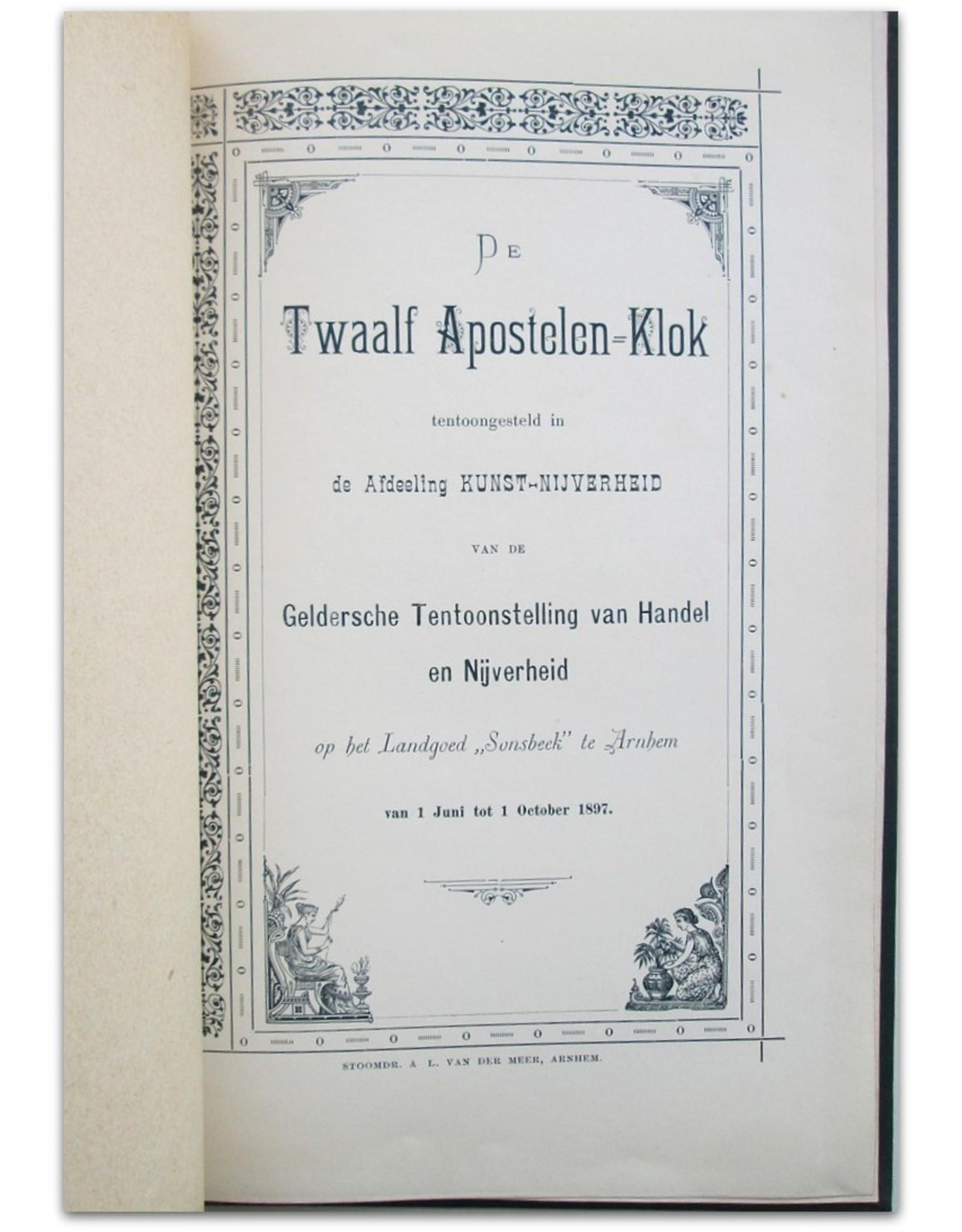 """De Twaalf Apostelen-Klok tentoongesteld in de Afdeeling kunst-nijverheid van de Geldersche Tentoonstelling van Handel en Nijverheid op het Landgoed """"Sonsbeek"""" te Arnhem van 1 Juni tot 1 October 1897"""