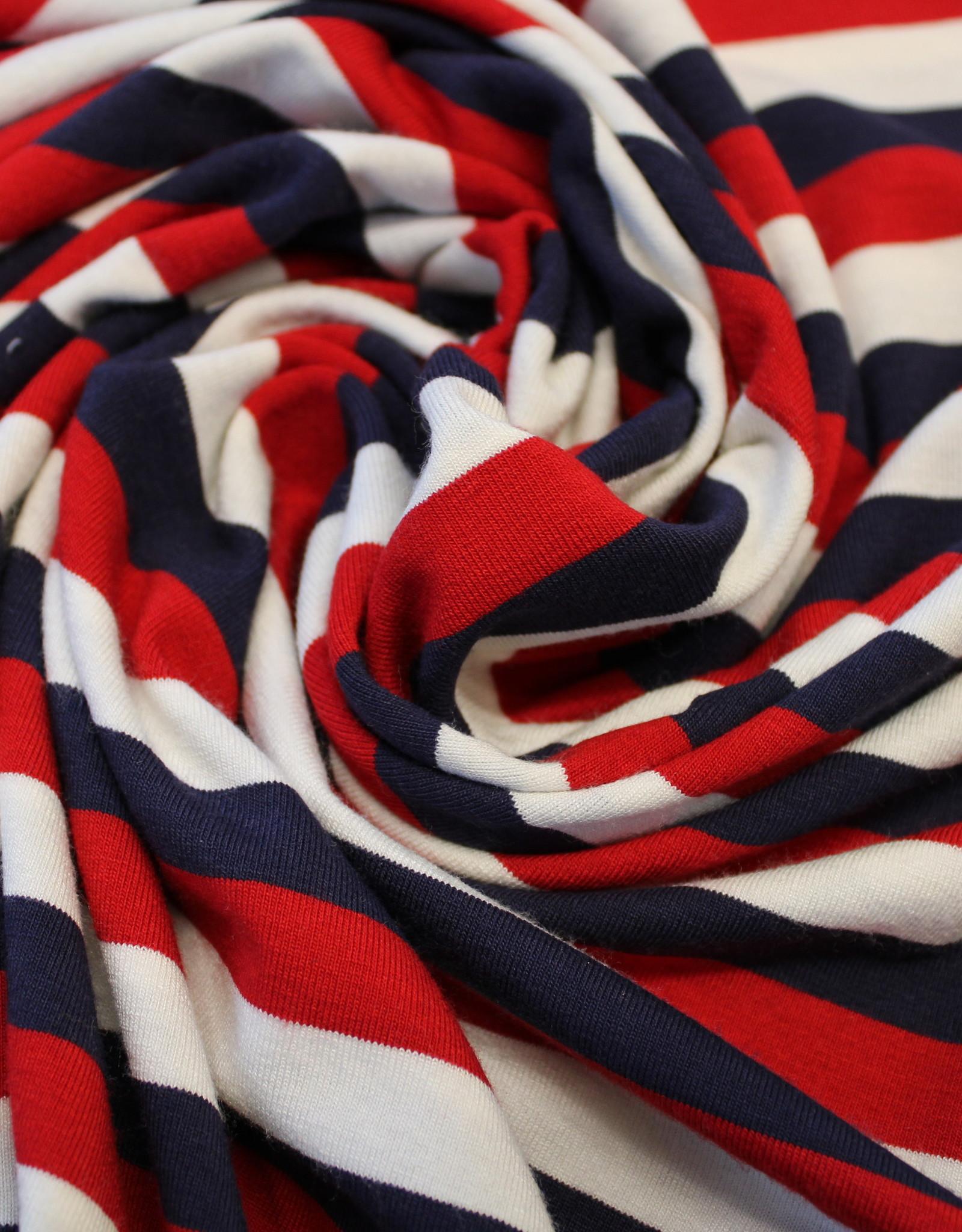 Hilco Akiko gestreept tricot