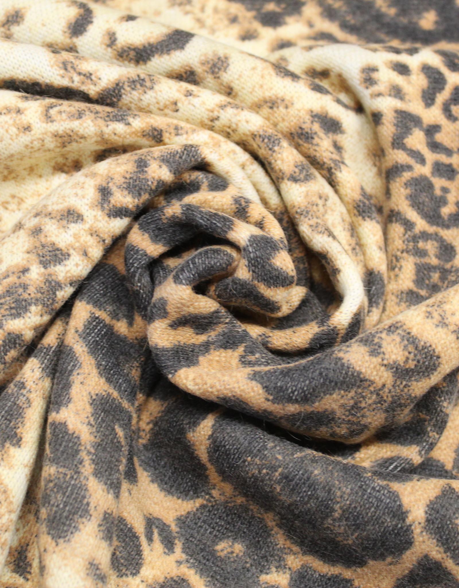 A La Ville Haute Couture Leopard breisel