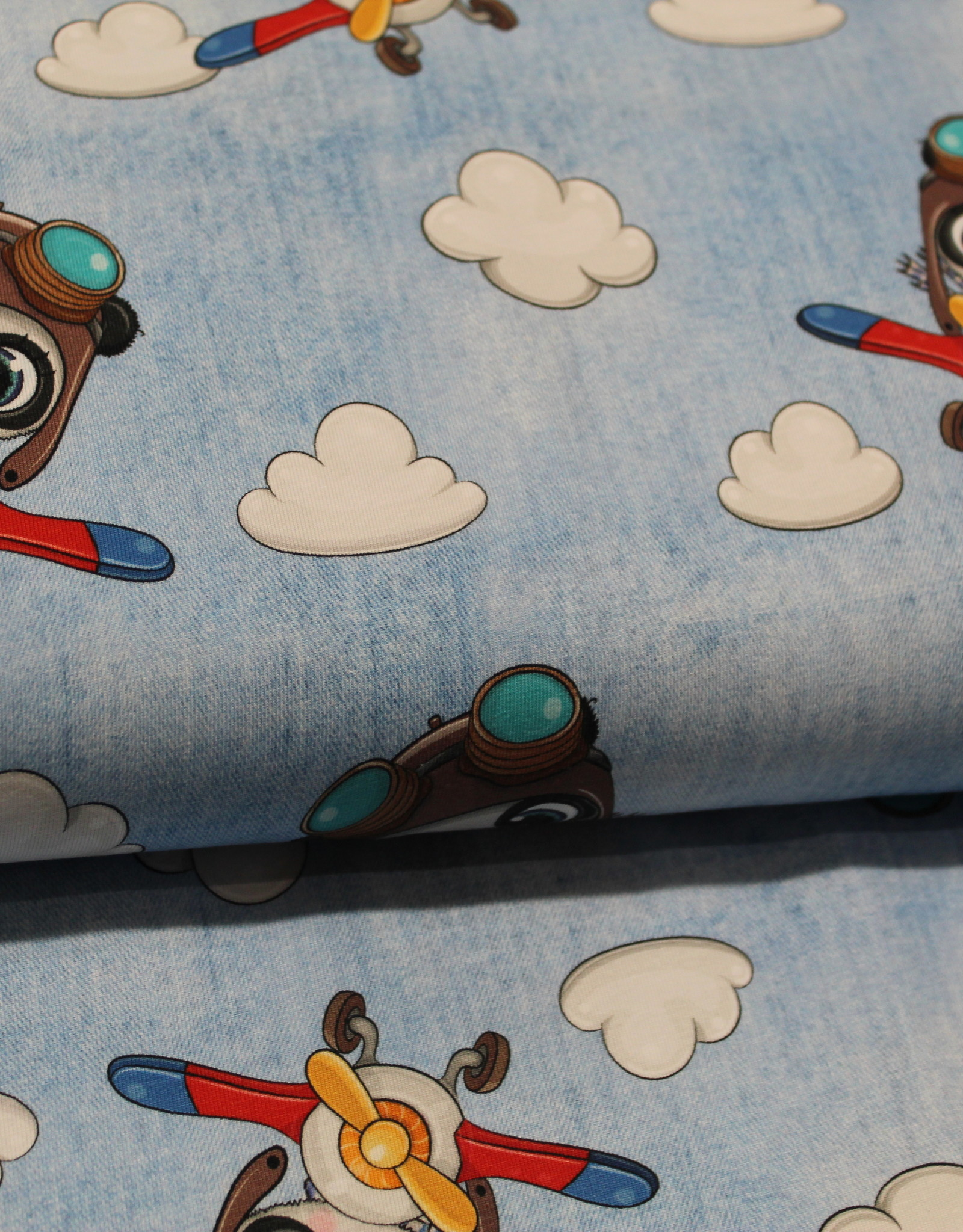 Jeans Look tricot light denim Animal in Airplane