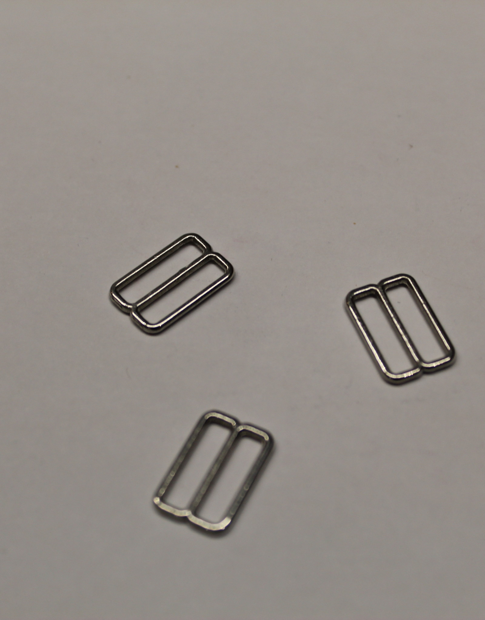 Bikini/bh-versteller schuiver 12mm zilver metaal