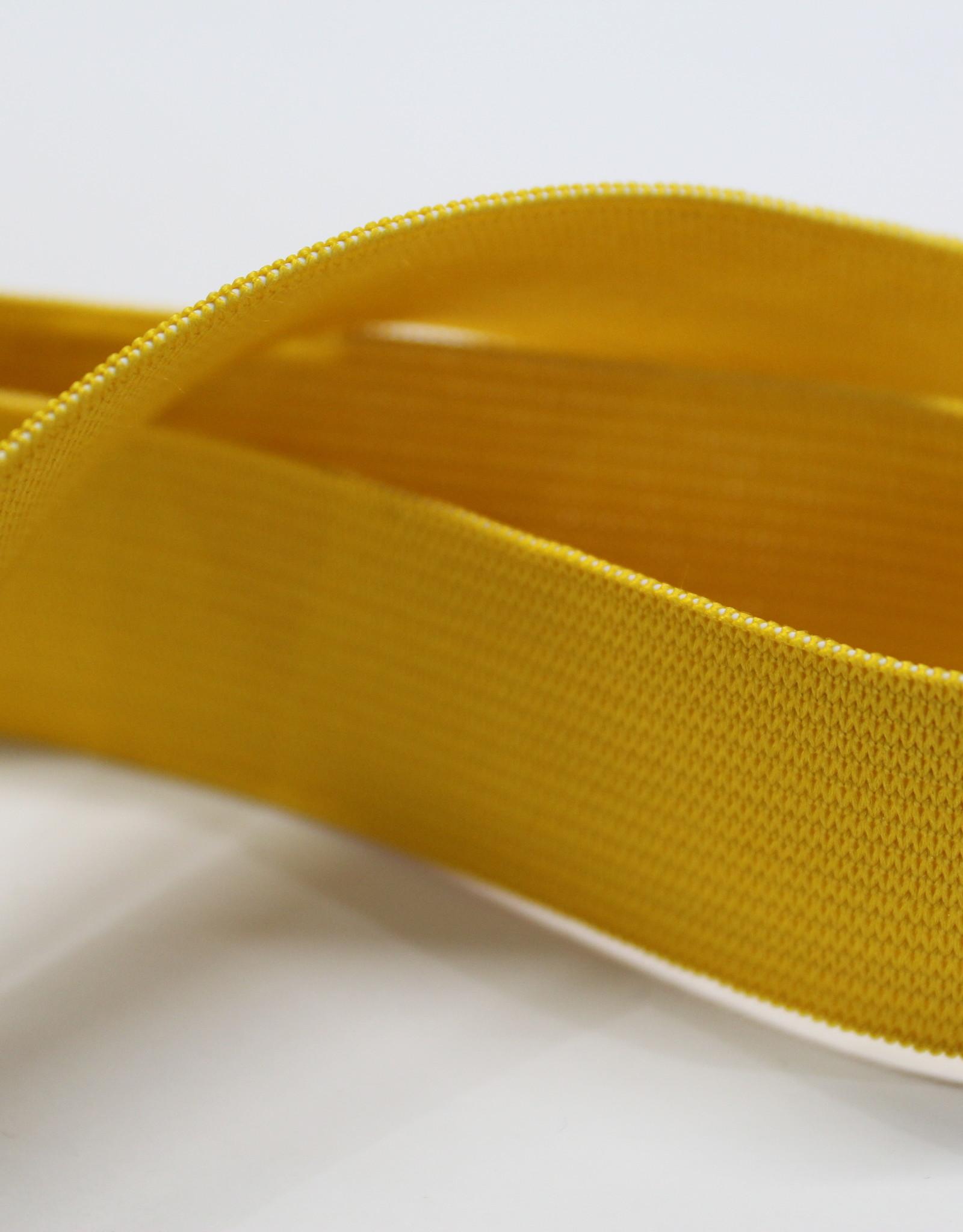 Elastiek uni geel 25mm -met structuur-