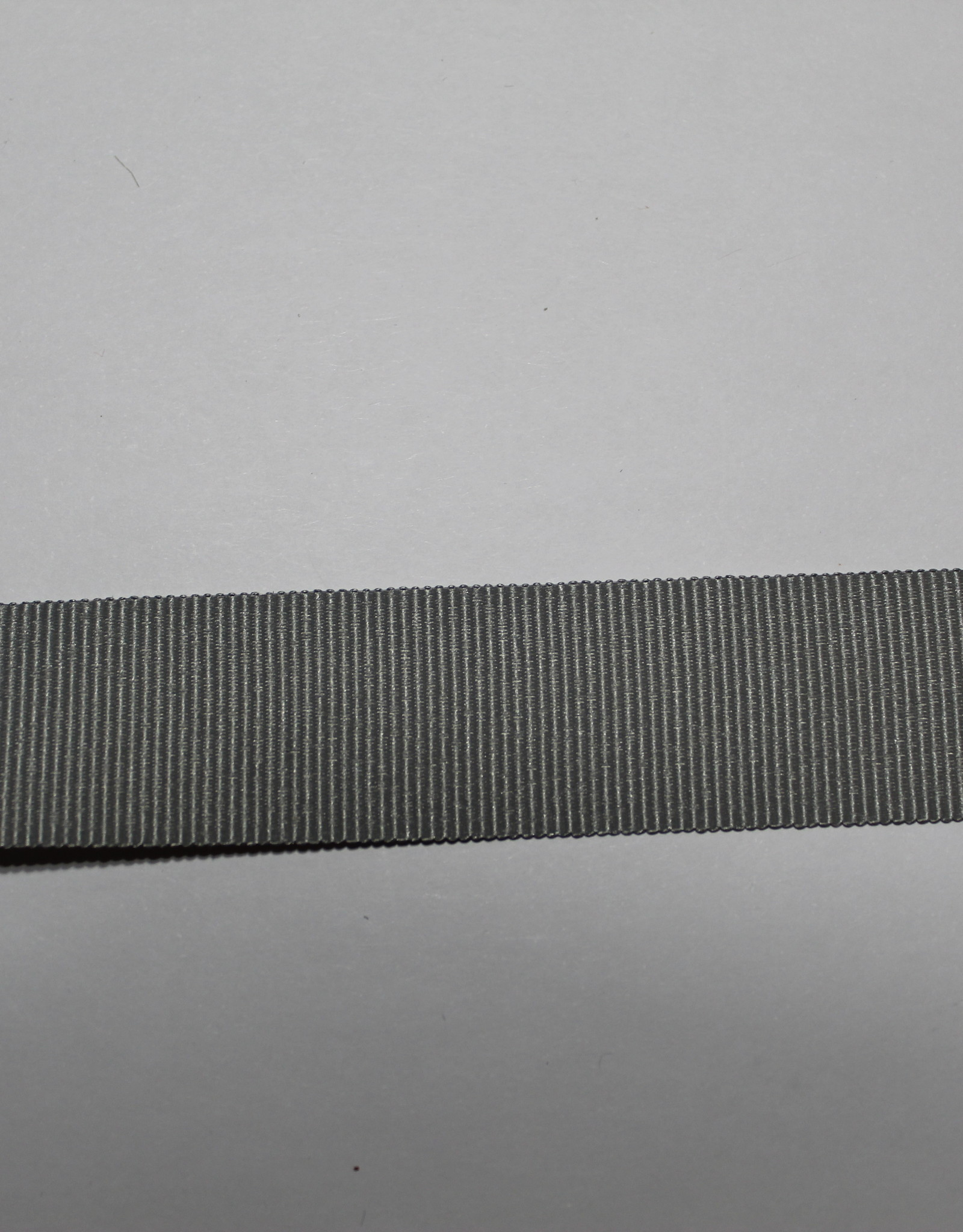 Ripslint 25mm lichtgrijs col.004