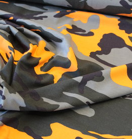 Tricot legerprint in the army met neon oranje
