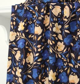 Atelier Jupe Donkerblauwe viscose met blauwe en zalmroze bloemenprint