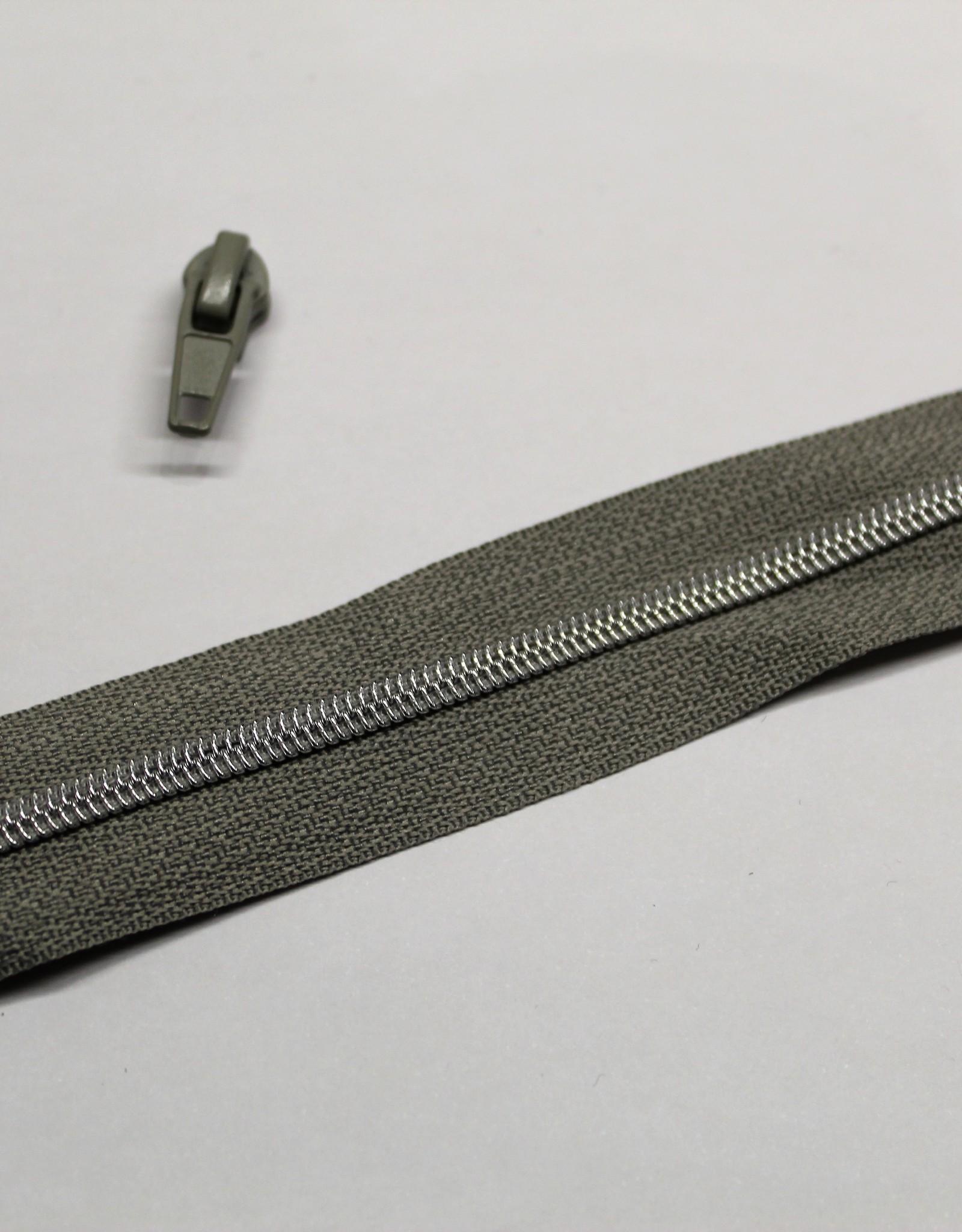 1m metallic rits aan de meter 4mm : grijs met zilveren (incl. 3 schuivers)